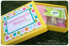 Lemonade Stand Printables! SO cute and fun for kids!