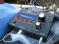 QRP equipment review: Ten Tec R4020 CW transceiver. Great QRP radio for CW-only (continuous wave/morse code) transmit. Sold with a wire antenna and go-pack from Ten-Tec.