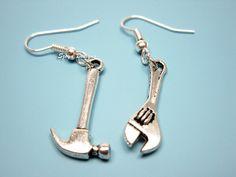 Hammer Spanner Earrings  geek earrings funny earrings por Szeya