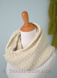 PDF Knitting Pattern for Prosecco Cowl from SweaterBabe.com