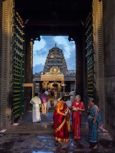 Hindu temple.. Chennai,India by Ramesh Raja