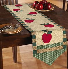 Red Apple Country Patchwork Table Runner from Collections Etc. Patchwork Table Runner, Table Runner And Placemats, Table Runner Pattern, Quilted Table Runners, Quilting Projects, Sewing Projects, Apple Table, Skinny Quilts, Apple Kitchen Decor