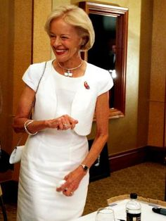 [Shoppegirls] Style. Fashion. Beauty. Parenting. Lifestyle.: style queen QUENTIN BRYCE