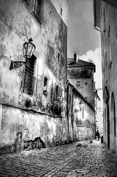 Antonio Martin: Mala strana, Mala Strana clusters around the foothills of Prague Castle