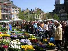 Head to the city center of Charleroi on a Sunday morning for one of the largest and oldest markets of Belgium – dating back to 1709. Stalls groaning with vegetables, fruit, olives, bread, plants and more radiate from Place Charles II.