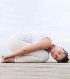 5 Effective Yoga Asanas To Treat Acid Reflux - Bonus Video!