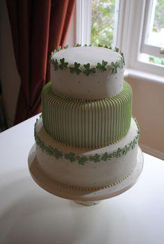 shamrock wedding cake - Google Search