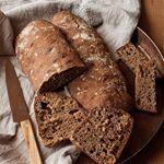 Este fin de semana preparé estas chapatas que están de vicio y son facilísimas de hacer ¿Qué puede haber más rico que el pan hecho en casa? Tenéis la receta en ecohappyandhippie.com