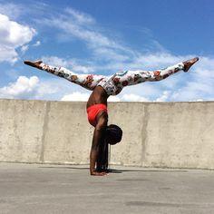 Black yoga, yoga inspiration, nike women, yoga, black girl magic, black girl yoga, melanin, black models, black fitness, nike, just do it, ebony fitness, black girls rock, black yogis, nike yoga, Today I Get Stronger, nike training, yoga photography, yoga for athletes, handstand, advanced yoga, yoga for balance