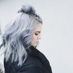 Instagram Insta-Glam: Grey Hair