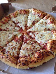 Imagen de pizza, food, and delicious Think Food, I Love Food, Good Food, Yummy Food, Tasty, Sleepover Food, Food Snapchat, Food Goals, Aesthetic Food