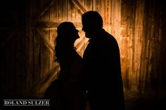 Hochzeit auf Gut Waltersteig im Münchner Süden - Roland Sulzer Fotografie Silhouette, Couple Photos, Couples, Blog, Engagement, Glee, Couple Shots, Couple Photography, Couple