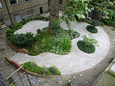 Stationers Hall Garden: Located in London, UK. Designed by UK firm Ian Kitson Landscape Architect and Garden Design.