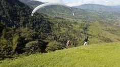 Travel around the city of Medellin Colombia, live an unique adventure and nature experiences and discover exceptional landscapes. Paragliding, Adventure Tours, Travel Around, Golf Courses, Activities, Landscape, City, Nature, Scenery
