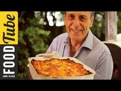 If you're looking for a delicious recipe guaranteed to bring all the family together, look no further than Gennaro's classic Italian lasagne. A rich Ragu sau...