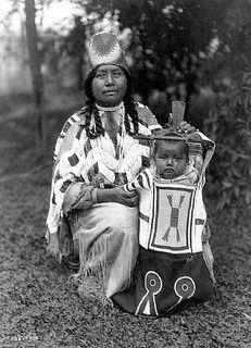 Cayuse mother and child, ca. 1910. Photo by Edward Curtis