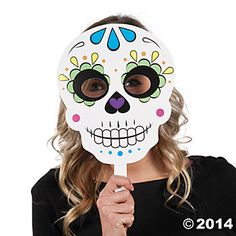 With these stick masks now anyone can transform into a skeleton ready to celebrate Halloween! Hand them out to party guests as a fun party favor or use them . Halloween Photos, Easy Halloween, Halloween Crafts, Halloween Decorations, Halloween Photo Booth Props, Fiesta Decorations, Halloween 2018, Day Of The Dead Mask, Day Of The Dead Skull