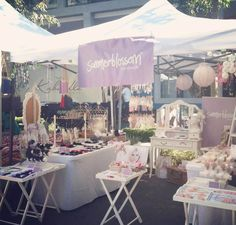 Summerblossom market stall - great use of small tables and dresser at back; gives stall character. Craft Booth Displays, Craft Booths, Display Ideas, Shabby Chic Shops, Stall Decorations, Market Displays, Handmade Market, Market Stalls, Craft Markets