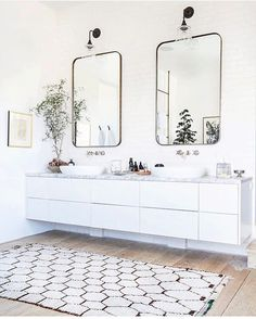 Floating vanity  courtesy Becki Owens  #bathroom #bathroomdecor #bathroominterior #theworldofinteriors #interior #interiors #interiordesign #interiordesigner #interiordecor #interiordecorating #home #house #architecture #elegantdesign #inspire #inspiration #luxe #luxurystyle #luxurydecor #design #homedesign #floatingvanity #homestyle #instahome #instainterior #moderndesign #homefashion #interiorlovers #mustardsofa by mustardsofa discoverdmci.com