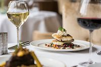 Lough Eske Food & Wine Festival Wine Festival, White Wine, Wine Recipes, Alcoholic Drinks, Lovers, Food, Meal, Essen, White Wines