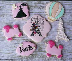 Paris themed cookies.