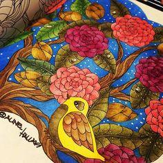 #blomstermandala #blomstermandalamålarbok #mariatrolle #coloringbook #arterapia #arteantiestres #divasdasartes