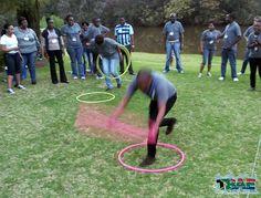 New youth group games indoor hula hoop 25 Ideas Team Building Exercises, Team Building Events, Team Building Activities, Fun Icebreaker Games, Pe Games, Youth Games Indoor, Family Party Games, Youth Group Activities, Team Builders