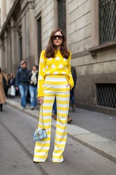Ciao Milano: Street Style from Italy - Gelb London Fashion Weeks, Milan Fashion Week Street Style, Street Style 2016, Autumn Street Style, Cool Street Fashion, Street Style Looks, Street Chic, Fashion Moda, Look Fashion
