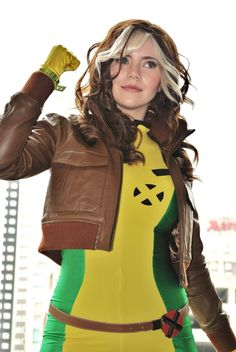 X-Men's Rogue - 'Best of' Cosplay Collection — GeekTyrant. OMG this girl is the best rogue ever.... Aside from Anna Paquin of course xD