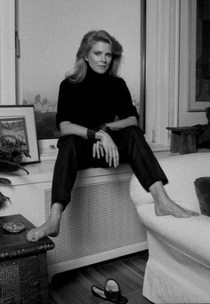 Candice Bergen- my best friend always said she was the actress I most resembled.