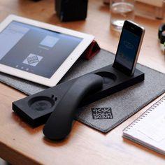 Uberphone! moshi bluetooth iphone dock