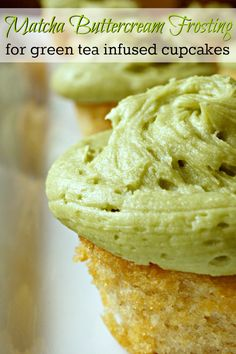 This matcha buttercream frosting recipe is a perfect complement to green tea infused cupcakes or chocolate cake. Or even a white cake with fresh raspberries. The delicate flavor is a unique addition t (Green Cake Flavors) Frosting Recipes, Buttercream Frosting, Cupcake Recipes, Cupcake Cakes, Dessert Recipes, Icing, Macaroon Recipes, Dessert Blog, Tea Recipes