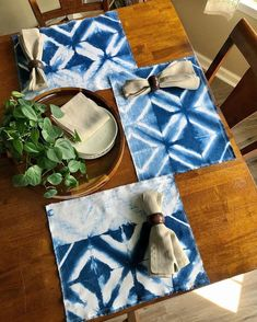 Summertime is the best time to add some color to your home, especially since so many of us are spending more time at home than ever before. Indigo dyeing is the perfect place to start, because it is such a great backyard project. Just look what @1127series is doing with our indigo dye 👀 So, so, soooo lovely!! 💙💙💙