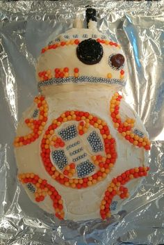 BB8 Star Wars Cake