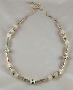 Collier pierre blanc et argent en jade par JadeetCristaldeMarie