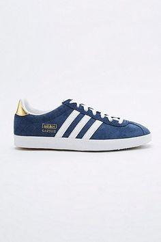 9f11800567c1c adidas - Baskets Gazelle bleu marine - Urban Outfitters Trouver, Chaussure,  Entraîneurs Pour La