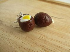 Hey, I found this really awesome Etsy listing at https://www.etsy.com/uk/listing/270152019/easter-cadbury-cream-egg-earrings
