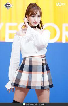 Twice-Mina 181108 M! Kpop Girl Groups, Korean Girl Groups, Kpop Girls, Kpop Fashion, Asian Fashion, K Pop, Nayeon, Chaeyoung Twice, Myoui Mina