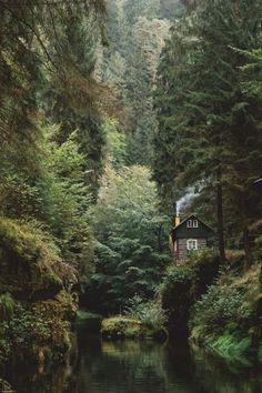 10 Amazing Wood Cabins