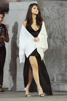 Selena Gomez's Is Wearing Your Next Summer Sundress - HarpersBAZAAR.com