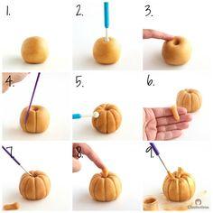 Golden Marzipan Pumpkins Tutorial for the Ultimate Pumpkin Cake Halloween Clay, Halloween Baking, Halloween Miniatures, Halloween Crafts, Cute Polymer Clay, Diy Clay, Clay Crafts, Diy And Crafts, Crafts For Kids