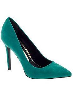 It's time to make a shoe closet :)
