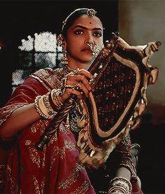 Indian Aesthetic, Aesthetic Gif, Deepika Padukone Dresses, Jodhaa Akbar, Maa Durga Image, Yoga Tattoos, Rajputi Jewellery, Saraswati Goddess, Psychedelic Art