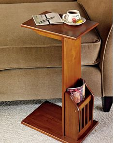Space-saving design has a built-in magazine rack. You& find this magazine snack table handy in the family room where it& be a favorite of both readers and TV snackers. Home Decor Furniture, Wooden Furniture, Furniture Plans, Furniture Design, System Furniture, Diy Home Decor, Outdoor Furniture, Couch Table, Sofa Side Table