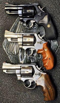 Smith and wesson revolver Smith And Wesson Revolvers, Smith N Wesson, Weapons Guns, Guns And Ammo, Rifles, 357 Magnum, Fire Powers, Cool Guns, Panzer