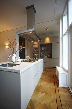#greeploze #laden, #solid #surface #opmaat  #himacs #corian #moderne #keuken, #hardsteen #blad, #kookeiland #quooker, #gaggenau #inbouwapparatuur, #MDF #zijdeglans #spuitwerk, #Houtwerk, #afzuigkap #handleless #kitchen #drawer #custombuilt #modern #cookingisltand #appliances #gloss #paintwork #extractor #hard #stone