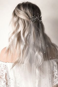 30 Wedding Hairstyles 2019 Ideas wedding hairstyles 2019 half up half down with silver hairpin and veil untamedpetals Bridal Hair Half Up With Veil, Veil Hair Down, Half Up Wedding Hair, Wedding Hairstyles Half Up Half Down, Wedding Hair And Makeup, Hair Makeup, Bride Hair With Veil, Bride Veil, Veil Hairstyles