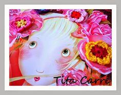 A Bela entre a rosa de Pixinguinha e flores em crochet