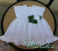 Vestitino ad uncinetto per neonata