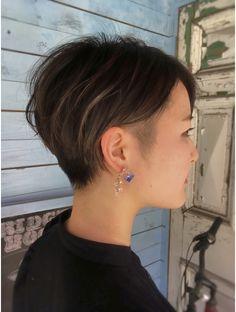ブリッジブックヘア(BRIDGEBOOKHAIR) 【BRIDGEBOOK.A Chie】///かりあげツーブロックショート// Hair Reference, The Rev, Eyebrows, Short Hair Styles, Hair Cuts, Hairstyle, Chie, Bob Styles, Haircuts